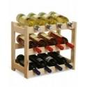 Drewniane stojaki do wina i drewniane regały na wino